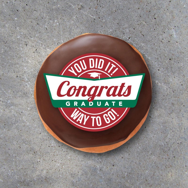 Graduation Donut Tags – Printable Tags to create cool Graduation party favors and graduate gifts – DIY food table and graduation party ideas